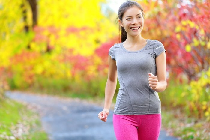 Top 9 Health Benefits of Walking Daily